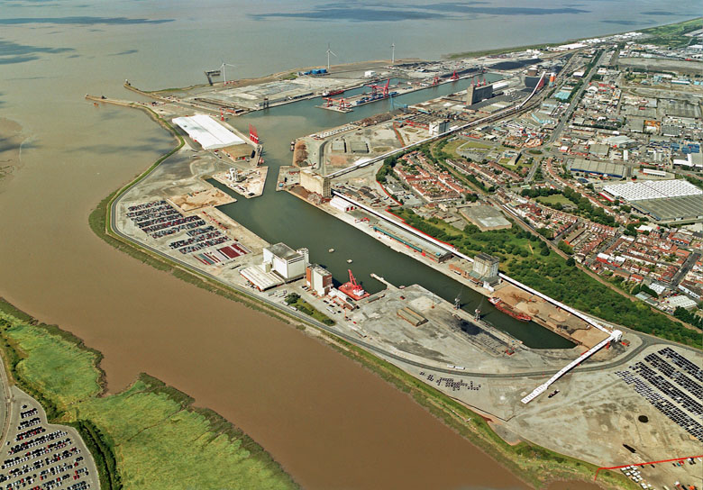 Avonmouth Locals impromptu action against new port pollution